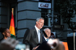 Bill de Blasio speaks at Stonewall Inn rally for Orlando victims